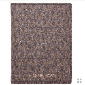 MICHAEL Kors | Passport Wallet | Bedford Travel